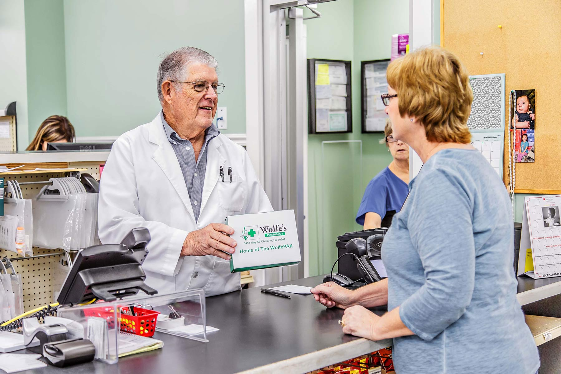 Peter Wolfe discusses adherence packaging with patient